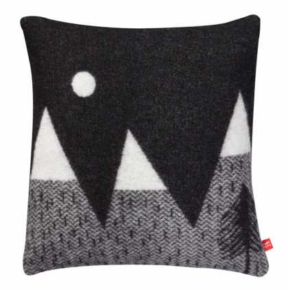 Montain Moon cushion