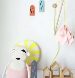 Lámparas de papel decoración habitaciones infantiles de Studio Snowpuppe