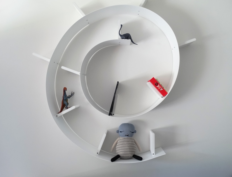 Kids furniture shelf Ron Arad to Kartell white