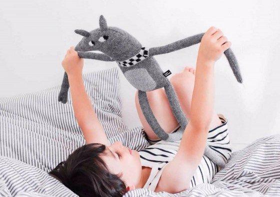muñecos hechos a mano de alpaca para bebés de Main Sauvage